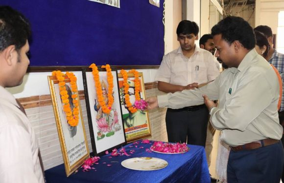 सुभारती विवि के पत्रकारिता विभाग में मनाया गया हिंदी पत्रकारिता दिवस