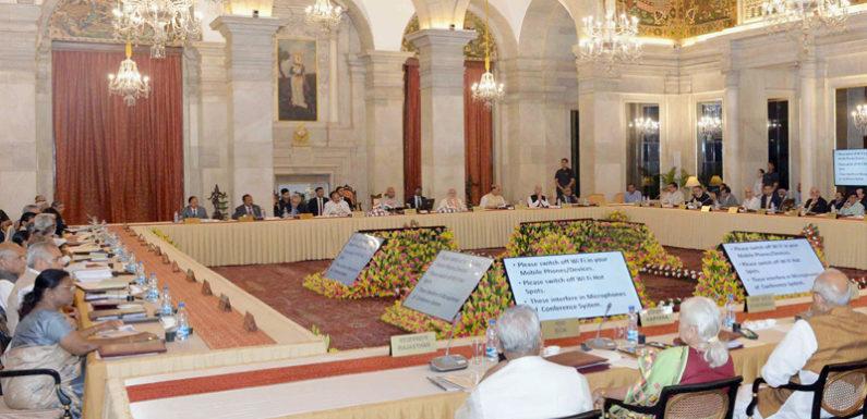 प्रधानमंत्री ने 49वें राज्यपाल सम्मेलन के उद्घाटन सत्र को संबोधित किया