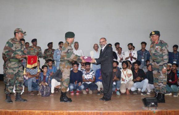 FTII ने सेना के साथ मिलकर कश्मीरी युवाओं के कौशल विकास के लिए शुरु किये कोर्स