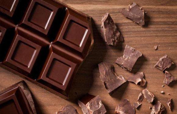 चॉकलेट खाने से ये होते हैं फायदे, जानकर रह जाएंगे हैरान