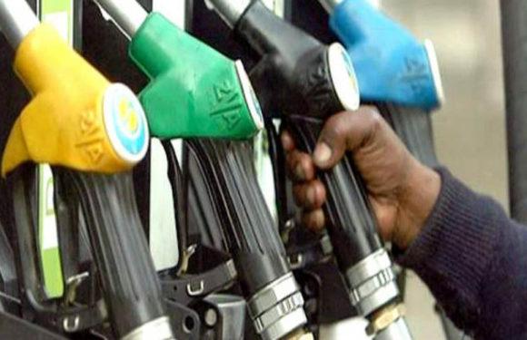 पीलीभीत में बिना लाइसेंस के लगा दिया पेट्रोल पम्प, प्रशासन को नहीं लगी खबर