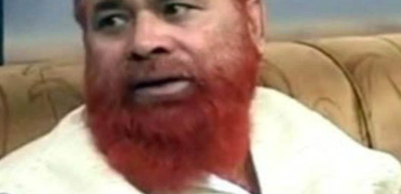 सपा नेता हाजी रियाज़ ने गढ़ी नई परिभाषा अवैध सम्बन्ध में हत्या न हो इसके लिए तीन तलाक