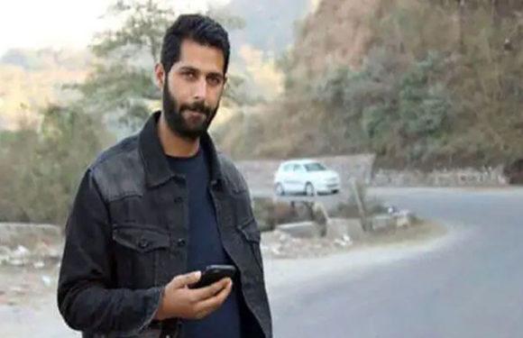 औरंगजेब के बाद अब कांस्टेबल जावेद को आतंकवादियों ने अगवा कर मार डाला