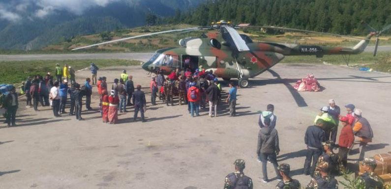कैलाश मानसरोवर गए तीर्थयात्रियों का जत्था नेपाल के रास्ते पहुँचा भारत