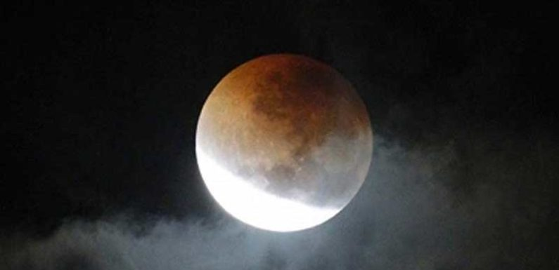 27-28 जुलाई को शताब्दी का सबसे लंबा संपूर्ण चंद्रग्रहण,भारत में भी दिखेगा