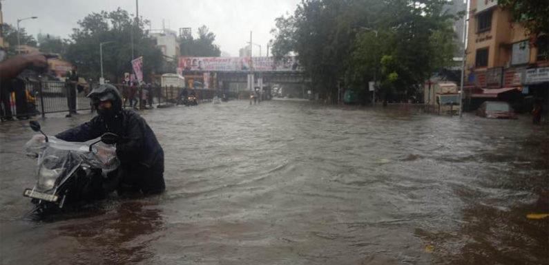 मुंबई में बारिश का कहर अगले 48 घंटे में डूब सकती है मुंबई