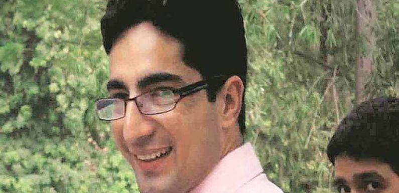 विवादास्पद ट्वीट करने पर फंसे जम्मू-कश्मीर के पहले आईएएस टॉपर फैसल