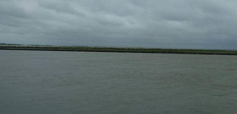 घाघरा तथा शारदा नदी का जल स्तर बढने से 7 घर शारदा में समाये, सो रहा प्रशासन