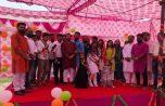 स्लम में रहने वाले बच्चों के साथ बाँटी स्वतंत्रता दिवस की खुशियाँ