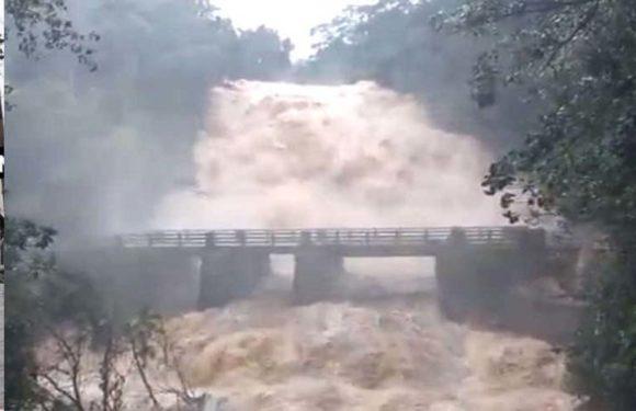 दो दिनों से केरल में हो रही है भारी बारिश के चलते 20 लोगों को अपनी जान से हाथ धोना पड़ा