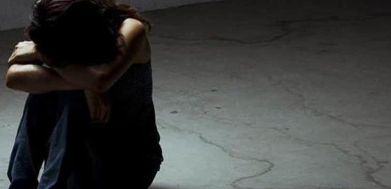 नाबालिक से हुआ बलात्कार,पुलिस ने दर्ज किया छेड़छाड़ का मुकदमा