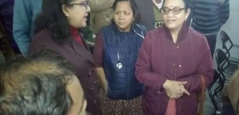 महिला आयोग की सदस्य ने महिला अस्पताल का किया औचक निरीक्षण