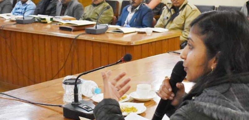 क्लेक्ट्रेट सभागार में जिला स्तरीय अधिकारियों की एक दिवसीय कार्यशाला का आयोजन
