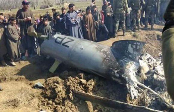 बडगाम में भारतीय वायु सेना का हेलिकॉप्टर दुर्घटनाग्रस्त,6 की मौत