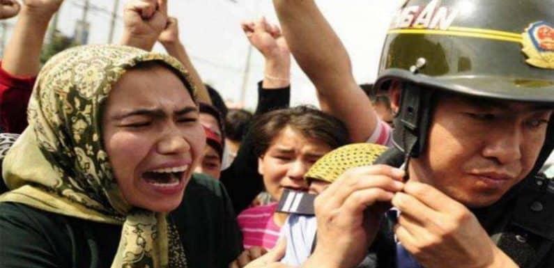 चीन बना मुसलमानों की जान का दुश्मन! चुप क्यों है पाकिस्तान?