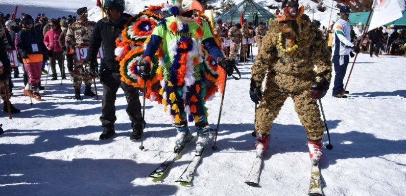 औली में नेशनल स्कीइंग एंड स्नोबोर्ड चैम्पियनशिप का रंगारंग सांस्कृतिक कार्यक्रमों के साथ आगाज