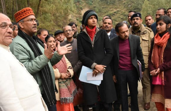 मुख्यमंत्री त्रिवेन्द्र सिंह रावत ने  गैरसैंण में बनने वाली चौरड़ा झील का स्थलीय निरीक्षण