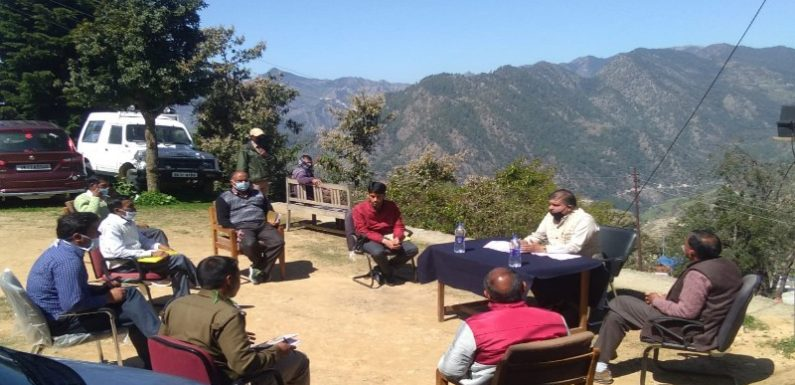कोविड-19 विधायक महेंद्र भट्ट ने तहसील के अधिकारियों को जनसमस्याओं के निराकरण के निर्देश दिए