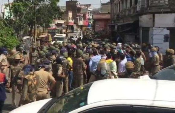 मेरठ में तबलीगी समर्थकों ने प्रशासन पर किया हमला