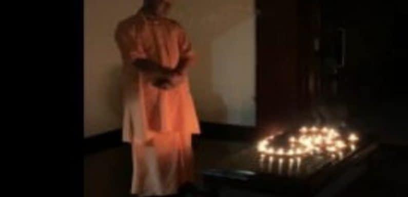 राज्यपाल, मुख्यमंत्री, उपमुख्यमंत्री व मंत्रियों ने अपने घरों की बत्ती बुझा कर दीया जलाया