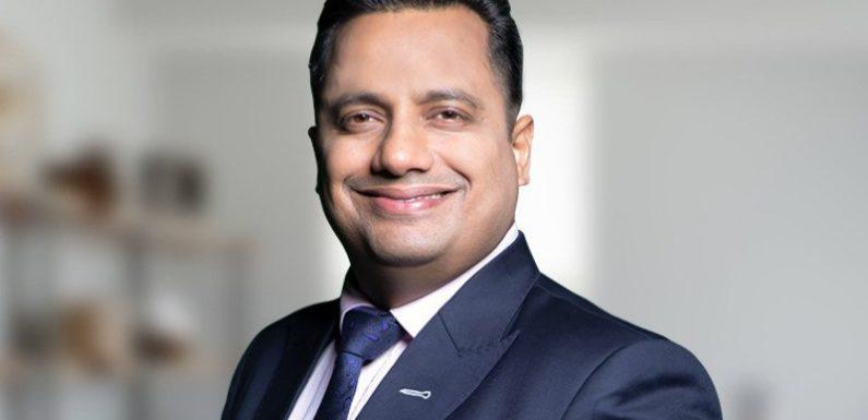 डॉ विवेक बिंद्रा ने दिल्ली में प्रवासी श्रमिकों की मदद के लिए 1 करोड़ रुपये दान की प्रतिज्ञा ली