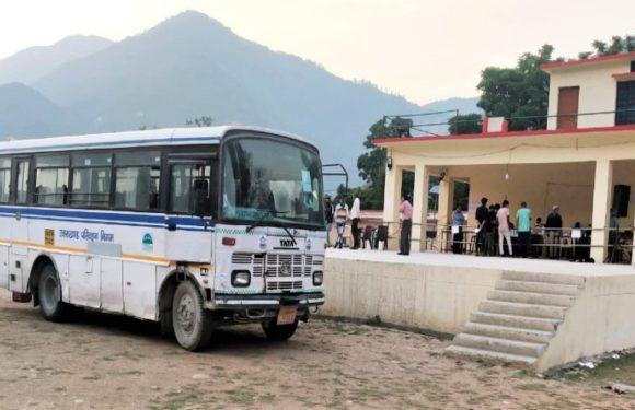 कुशीनगर,यूपी के मजदूरों को बसों से उनके घर भेजा गया