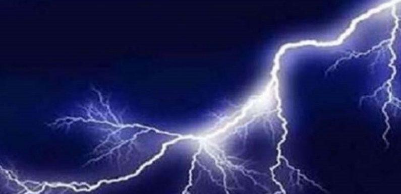 यूपी में आंधी,बारिश और आकाशीय बिजली से 24 मरे