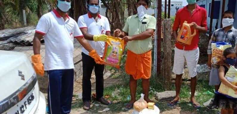 दिल्ली में रहकर बीजेपी नेता वरुण पांडेय ने तमिलनाडु में पहुंचाई मदद
