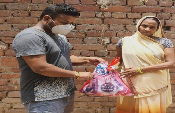 गाजीपुरः बरुण पांडेय के नेतृत्व में जरुरमंदों की मदद जारी