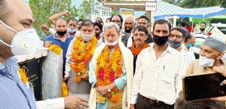 सांसद तीरथ सिंह रावत ने गढ़वाल विभिन्न सड़कों का शिलान्यास कर ग्रामीणों को दी विकास की सौगात