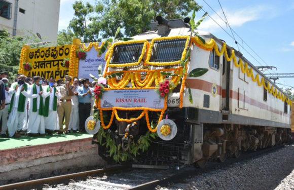 दिल्ली पहुंचेगी किसान रेल आंध्रप्रदेश के अनंतपुर से नई दिल्ली 40 घंटे में