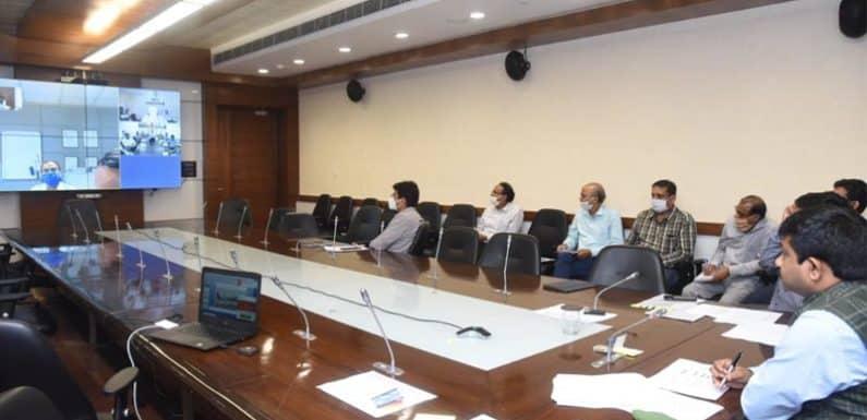 भव्य होगा कुशीनगर का एयरपोर्ट मंत्री ने विकास कार्यों का किया निरीक्षण