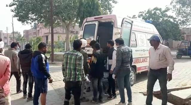 झाँसी :  पिकअप गाड़ी का सॉफ्ट टूटने से एक मजदूर की मौत, आधा दर्जन घायल