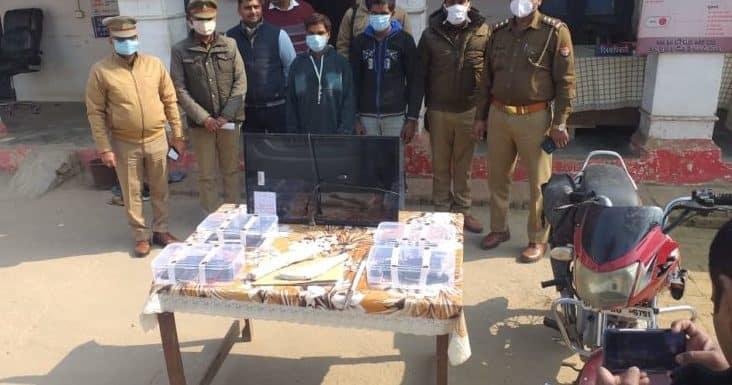 काकोरी : पुलिस व सर्वलाइंस सेल टीम ने पकड़े दो मोबाइल चोर