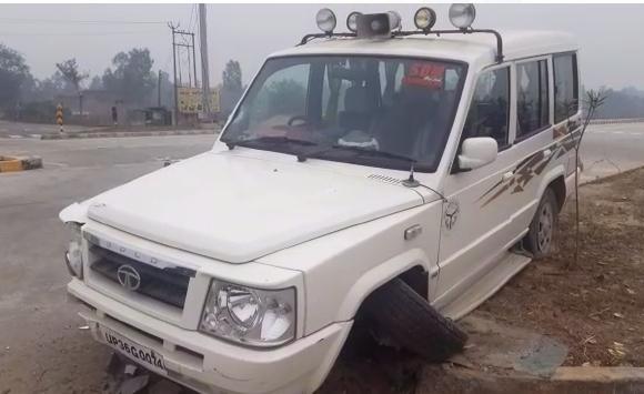 अमेठी : IAS की गाड़ी की चपेट में आए मोपेड सवार की इलाज के दौरान मौत