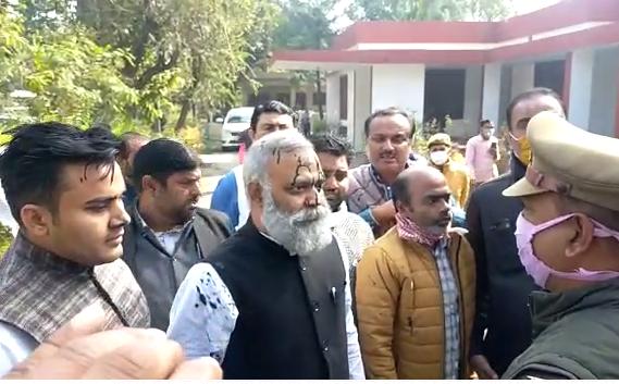 दिल्ली के विधायक सोमनाथ भारती को अमेठी पुलिस ने किया गिरफ्तार