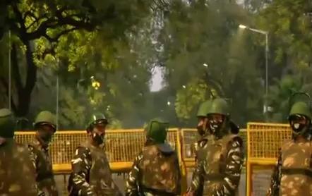 इजरायली दूतावास के सामने ब्लास्ट, मौके पर पहुंची दिल्ली पुलिस