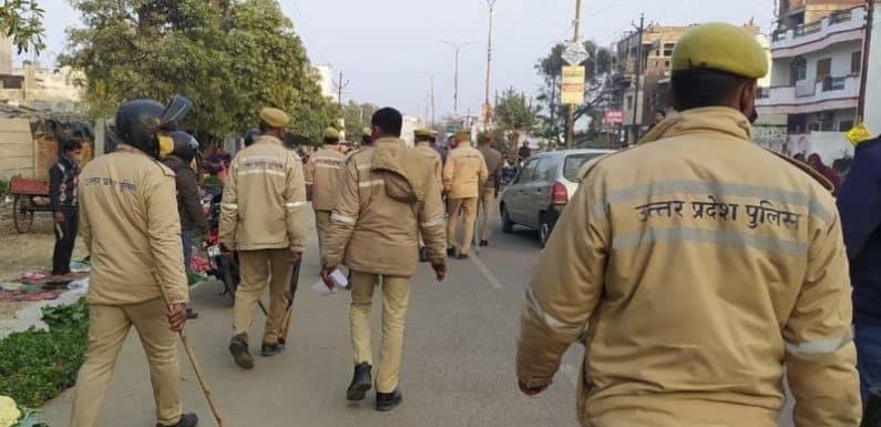 लखनऊ : अवैध अतिक्रमण को हटवाया गया और काटा गया चालान