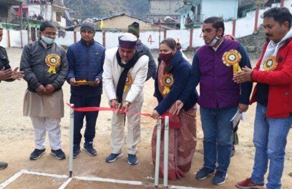 देवर कनेरी : नाथों सिंह क्रिकेट टूर्नामेंट का किया गया आयोजन
