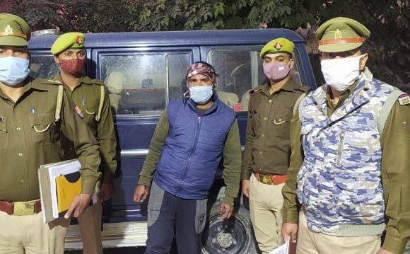 देवरिया : पुलिस ने पचीस हजार इनामिया बदमाश को किया गिरफ्तार