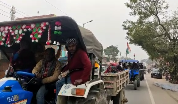 अमेठी : समाजवादी पार्टी का विरोध प्रदर्शन, किसानों के समर्थन में रैली