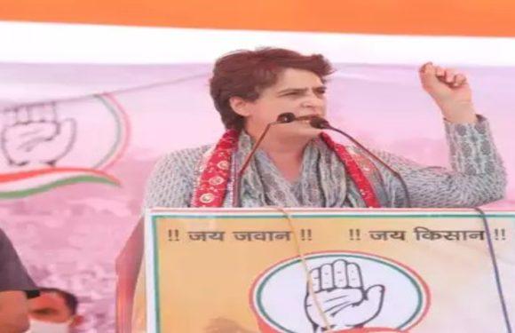 प्रियंका गांधी ने भरी सभा में गहलोत को लगाया फोन, भरतपुर रेप केस में जल्द कार्रवाई की कही बात