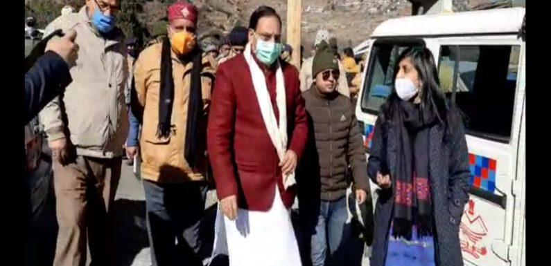 केंद्रीय मंत्री रमेश पोखरियाल निशंक ने किया आपदा प्रभावित क्षेत्र तपोवन का निरीक्षण