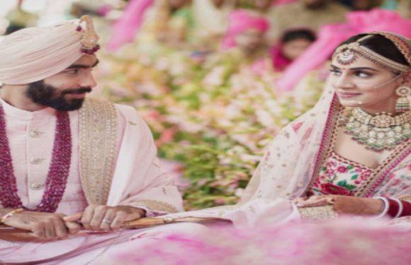 शादी के सूत्र में बंधे जसप्रीत बुमराह, संजना गणेशन संग लिए सात फेरे, देखें तस्वीर