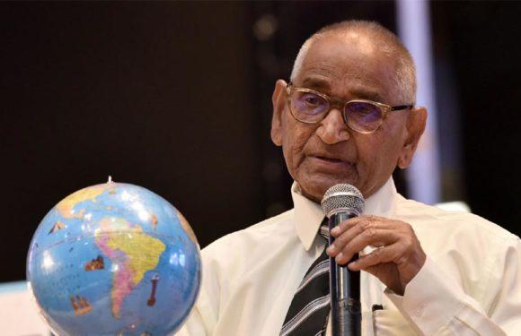 12वीं की बोर्ड परीक्षा पर पुनर्विचार करें सरकार-डा. जगदीश गाँधी