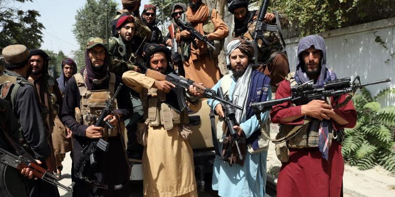 नई अफगान सरकार की घोषणा के बाद में दुनिया की प्रतिक्रिया कैसी रही?