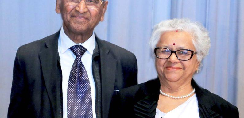 CMS संस्थापक डा. जगदीश गाँधी व डा. भारती गाँधी ने प्रधानमंत्री नरेन्द्र मोदी को जन्मदिन की हार्दिक बधाईयां दी