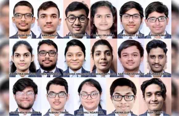भारत सरकार सी.एम.एस. के 17 छात्रों को चार-चार लाख रूपये की स्कॉलरशिप प्रदान करेगी